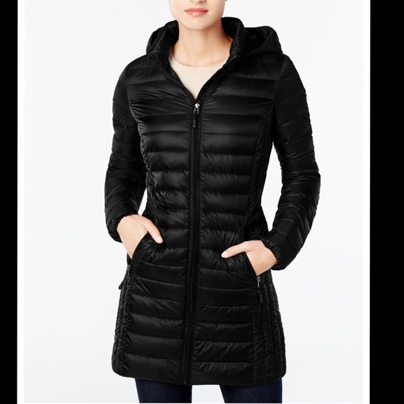 db682770f3c NWT Down Feather Super Lightweight Trench Puffer